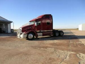2008 Peterbilt 387 IMMACULATE