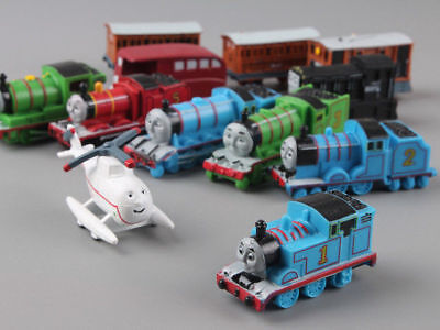 EL TREN THOMAS / THOMAS THE TRAIN - SET 12 FIGURAS / 12 FIGURES SET 5cm
