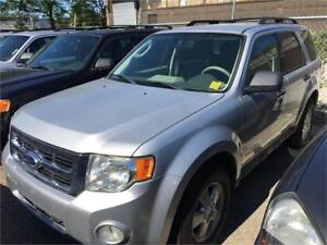 2010 Ford Escape XLT Silver Auto No Accident well maintained