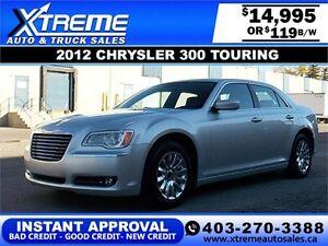 2012 Chrysler 300 V6 $119 bi-weekly APPLY NOW DRIVE NOW