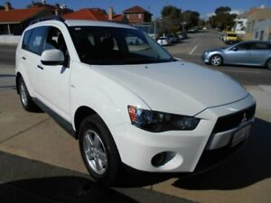 2011 Mitsubishi Outlander ZH MY11 LS (FWD) White 6 Speed CVT Auto Sequential Wagon Fremantle Fremantle Area Preview