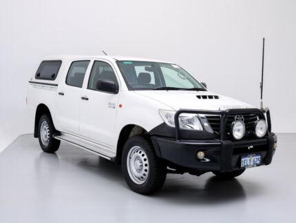 2014 Toyota Hilux KUN26R MY14 SR (4x4) White 5 Speed Manual Dual Cab Chassis Jandakot Cockburn Area Preview