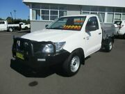 2015 Toyota Hilux TGN16R MY14 Workmate 4x2 Glacier White Manual Cab Chassis Armidale Armidale City Preview