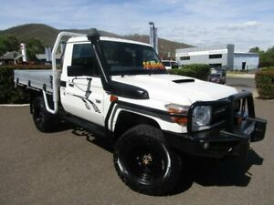 2014 Toyota Landcruiser VDJ79R MY13 Workmate Warm White Manual Cab Chassis Tamworth Tamworth City Preview