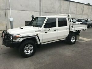 2014 Toyota Landcruiser VDJ79R MY13 GXL DUAL CAB White Manual Cab Chassis Bells Creek Caloundra Area Preview