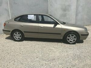 2001 Hyundai Elantra XD GL Gold 4 Speed Automatic Hatchback Seaford Frankston Area Preview