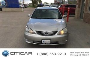 2005 TOYOTA CAMRY XLE. ACCIDENT FREE! LOW KM*EXCELLENT CONDITON*