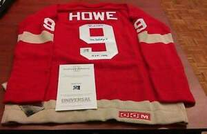 "Gordie Howe ""Mr. Hockey"" Autographed old school sweater jersey Regina Regina Area image 1"