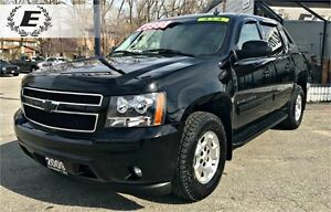 2009 Chevrolet Avalanche LS | WITH NAVIGATION AND REVERSE CAMERA