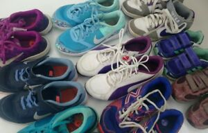 (185) Running shoes for girls