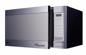 LG LMC1195ST  1.1 Cu. Ft. Countertop Microwave with EasyClean™ - Stainless