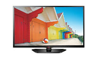 """LG 32"""" LED TV - 2 HDMI, MINT CONDITION, * NO STAND *"""