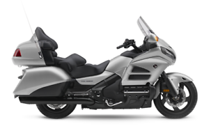 2016 Honda Goldwing BLOW OUT! Silver Airbag