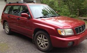 FORESTER SUBARU 4 CYL,AWD  AIR CLIMATISE, CRUISE , MAGS 1999$