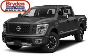 2018 Nissan Titan PRO4x / 5.6L V8 / Auto / 4x4 **Offroad Ready**