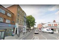 2 bedroom flat in North End Road, London