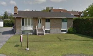 LIBRE IMMEDIATEMENT 4 CHAMBRES AVAILABLE NOW 4 BDRM + 3 PARKING Gatineau Ottawa / Gatineau Area image 2