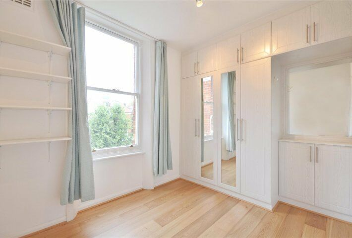Stunning new two bedroom flat on Compayne Gardens in West Hampstead.