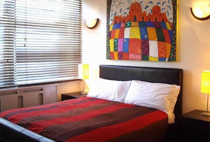 1 bedroom flat in Devonshire Street, Marylebone, London W1W
