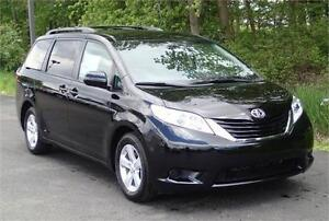2016 Toyota Sienna LE | 8PASS FEW CLRS