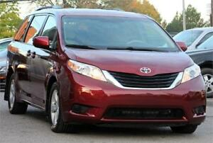 2012 Toyota Sienna LE*Back up camera*8Pass*
