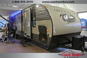 Quad Bunk Trailer 29 TE Grey Wolf  Look at all the Features