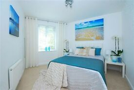 Bright and spacious 3 double bedrooms flat in prime Hampstead location with communal gardens