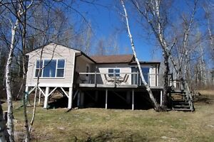 Red Rock Lake - Lakefront Cottage for Sale