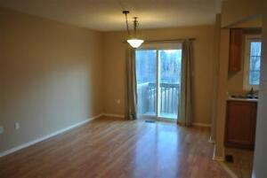 3+1 bedrooms 2 bathroom Townhouse for rent in North Whitby