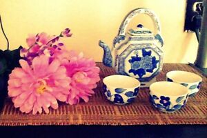 Beautiful Teapot with cups