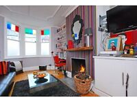 Stunning 1 double bedroom apartment with garden in the NW2 Area. Wood floors,fireplace & Sky TV
