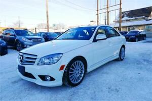 2009 Mercedes-Benz C-Class 4 Matic//Low kms//Nav//1 Yr Warranty