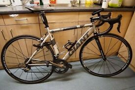 Giant road bicycle, M size, good condition