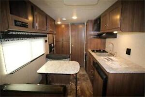 Rare 2018 18ft Luxury Couples Trailer 3100ibs! Financing *$44/wk