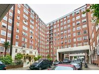 A spacious three double bedroom two bathroom flat in Edgware Road