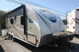 """2018 Coachmen FREEDOM EXPRESS 204RD """"FALL CLEARANCE"""""""