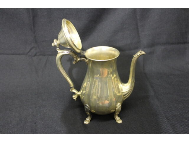 International Silver Co. CHIPPENDALE Coffee Pot #6301, Creamer 6304 & Sugar 6303
