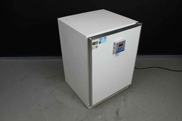 Fisher Scientific 146E Low Temp Incubator