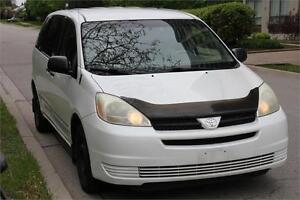 2005 Toyota Sienna CE *WHITE* Drives very good
