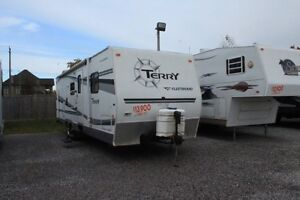 2006 Fleetwood Terry 300BHS Travel Trailer