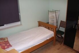 Nice Single room in shared house in good location