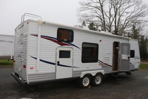 2008 JAYCO 298BHS TRAVEL TRAILER WITH BUNKS AND SLIDE