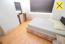 Lovely Double Bedroom to Rent on Sherwood Avenue, London SW16 (For Single Professional)