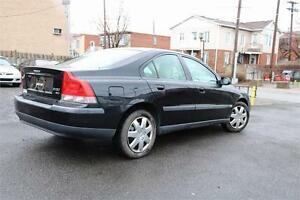 Volvo S60 2002 AWD Cuir toit ouvrant 1999$ Liquidation DEAL!