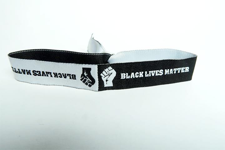 Black lives matter - Festivalband Armband Festivalbändchen