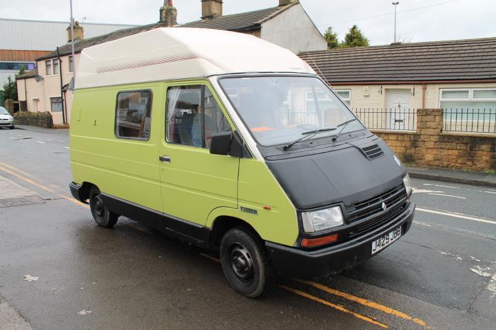 renault trafic master camper van in bradford west yorkshire gumtree. Black Bedroom Furniture Sets. Home Design Ideas