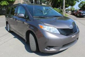 2013 Toyota Sienna. please call 514 518 0646 Appointment.No emai