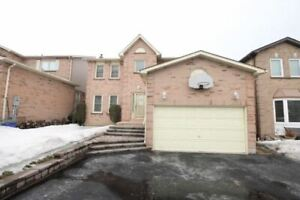 Lovely 3 Bdrm Home In Great Family Neighbourhood *WHITBY*