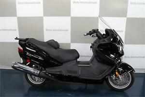 SUZUKI AN 650 EXECUTIVE NOIR 2010
