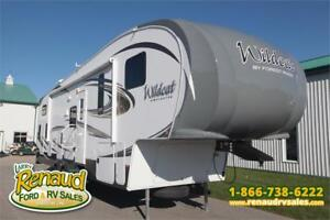 Used 2014 Forest River Wildcat 312 QBX 5th Wheel
